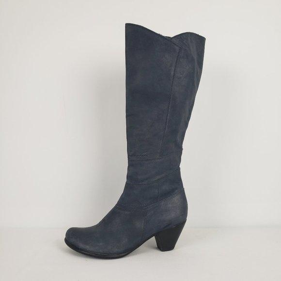 Fidji Navy Blue Leather Boots Size 5.5